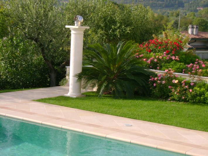 Beautiful clicca per ingrandire gli esempi di giardini per - Giardini per ville ...