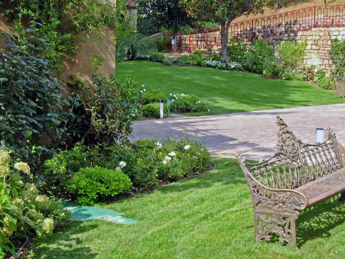Realizzazione giardini a brescia creazioni vivaio santigaro for Creazioni giardini